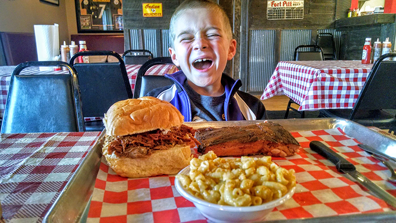 Welcome to Yinz Love BBQ!
